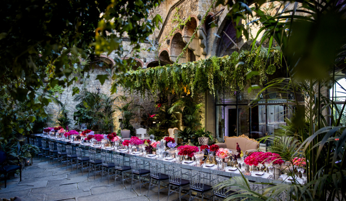 Jungle themed luxury wedding Italy