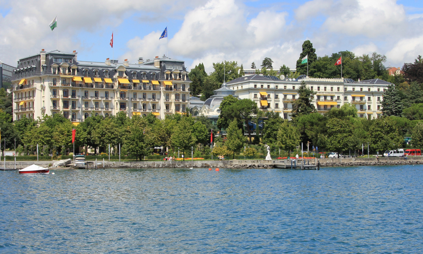 View from the lake of the luxury resort for weddings in Lake Geneva