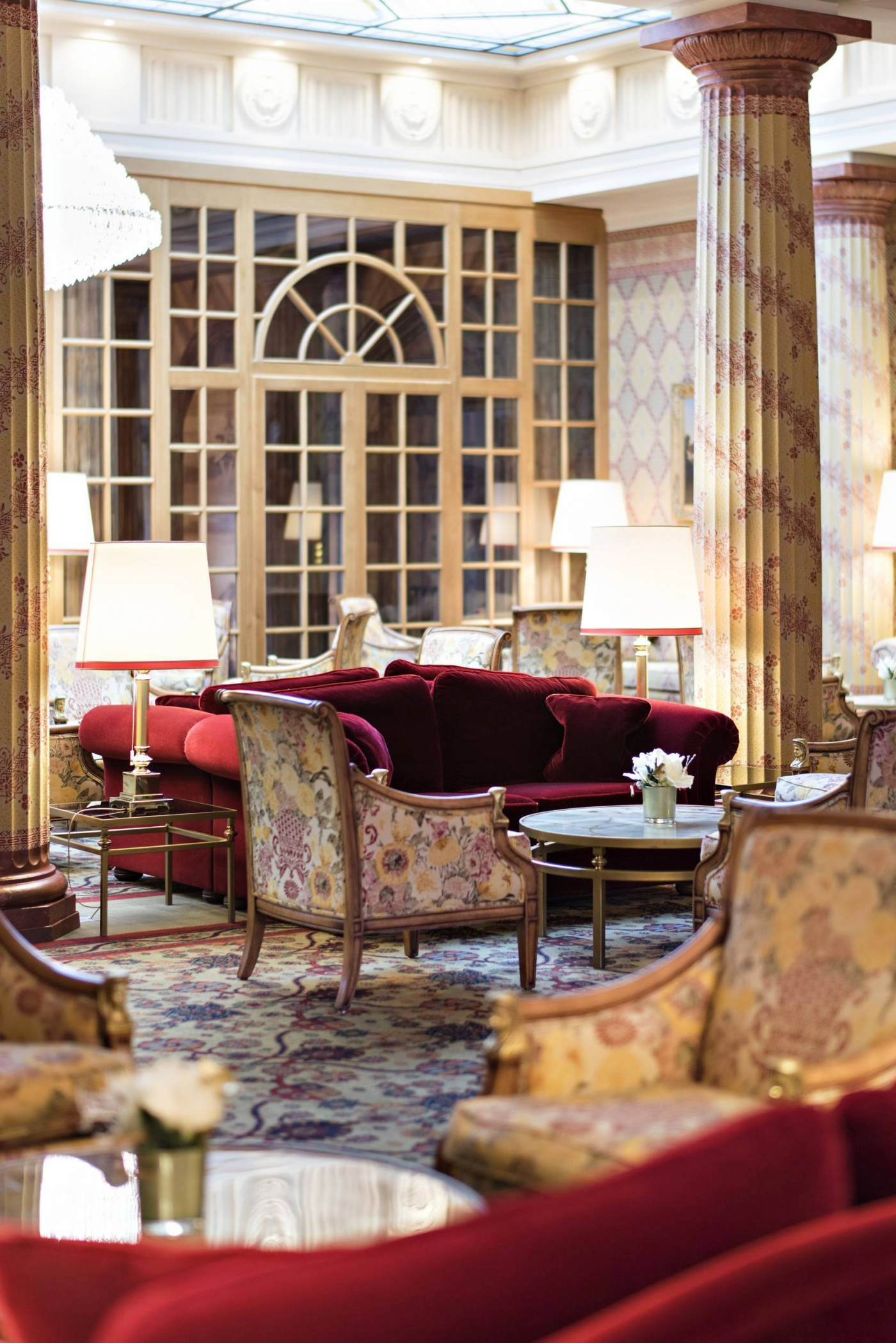 Indoor details with red sofas hotel saint moritz