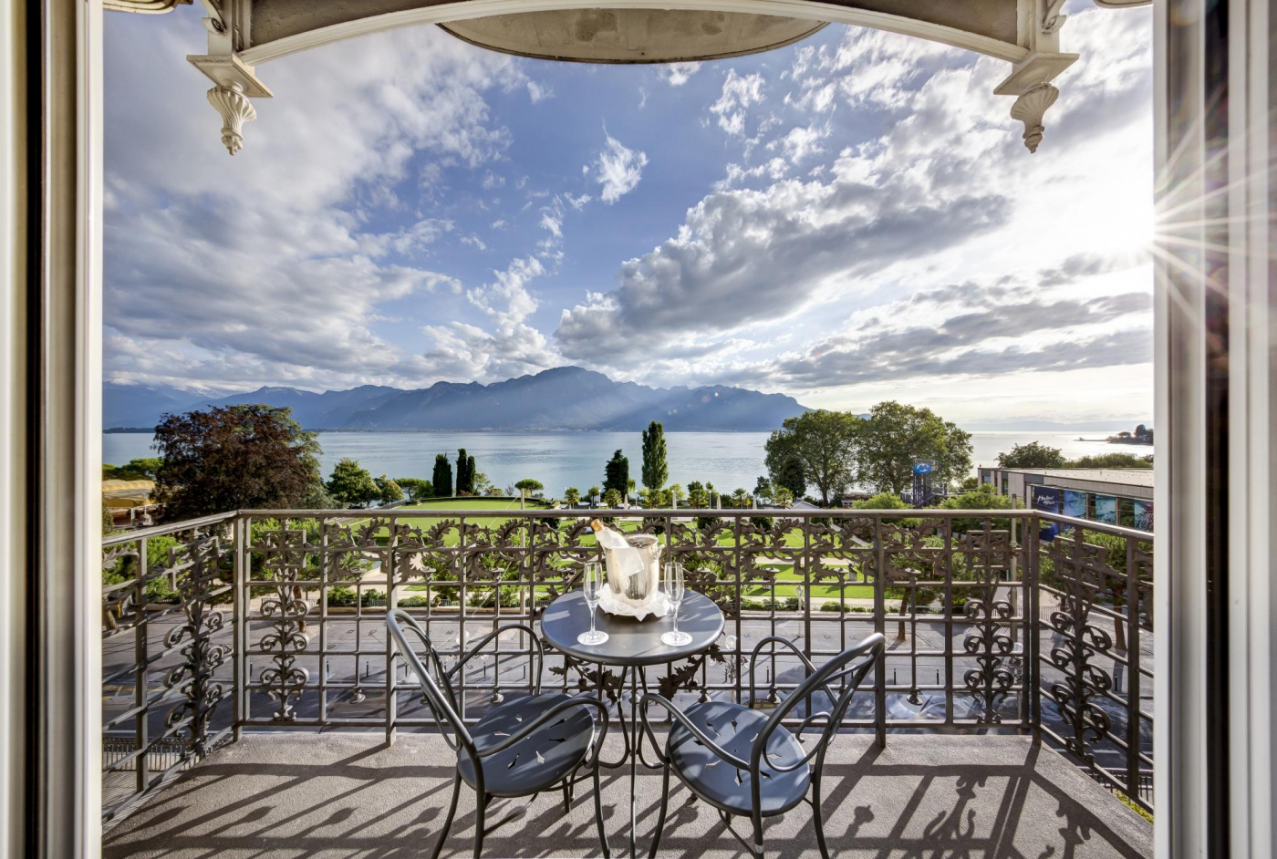 Terrace with lake view in a resort for weddings in Lake Geneva