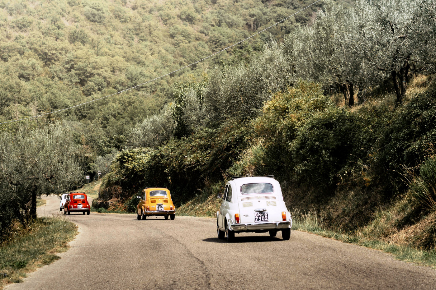 multicolored fiat 500 tour birthday destination experience