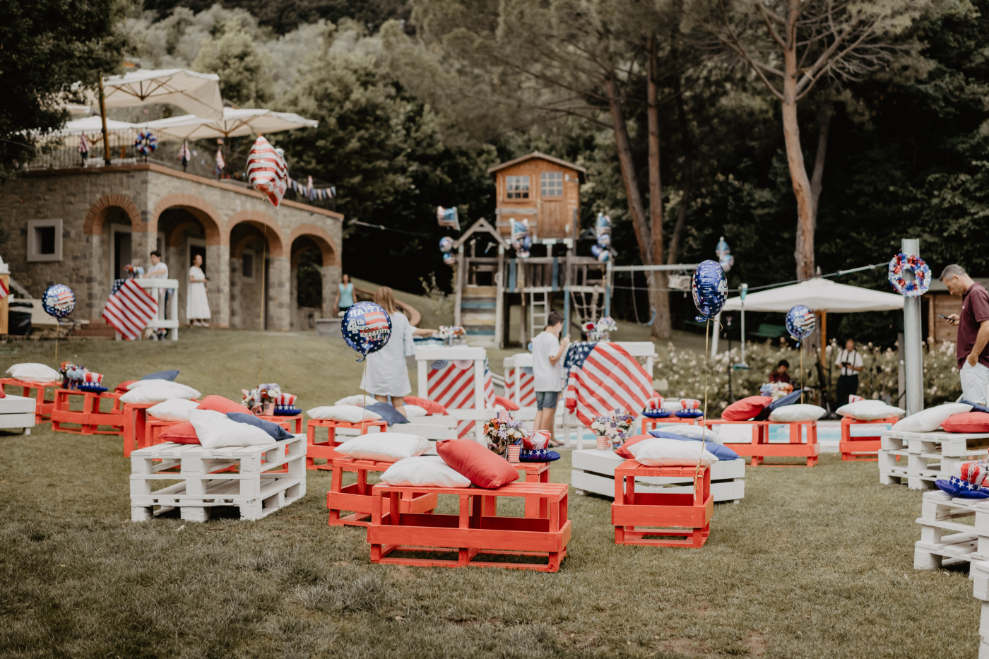 yankee themed birthday party with white blue and red colors